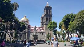 01-Puebla-Catedral-exterior (9)-min