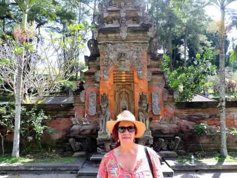 02-Bali-TN-Tirta-Empul- (11)-min