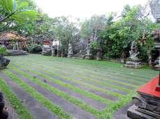 02-Bali-Ubud-Pura Desa Ubud- (2)-min