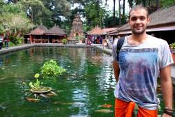 03-Bali-Tirta-Empul (58)