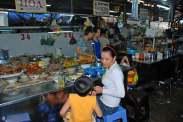 01-Vietnam-Saigon-mercado Binh Tay (9)