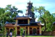 02-Hue-Pagoda-Thien-Mu (33)