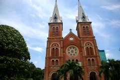 05-Vietnam_saigon-Notre-Dame (1)