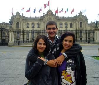 01-Peru-Lima-Plza-Armas-03-Palacio-Gobierno- (1)b