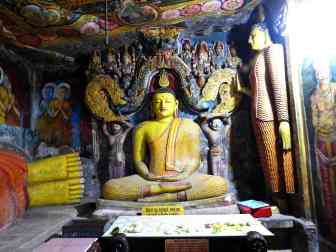 10-Sri-Lanka-Aluvihāra