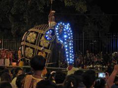 12-Sri-Lanka-Kandy-04