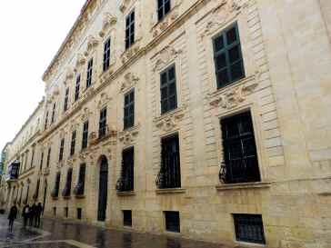 01-Malta-La-Valeta- (31)-Triq il-Repubblika