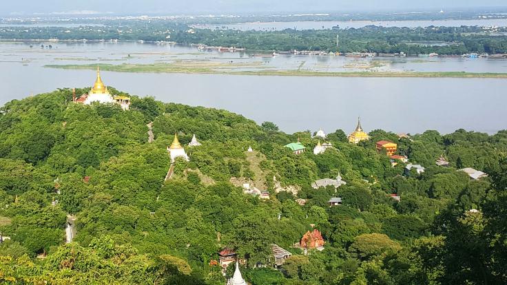 02-Sangaing-Soon-U-Ponya--Shin-Pagoda--(13)-b