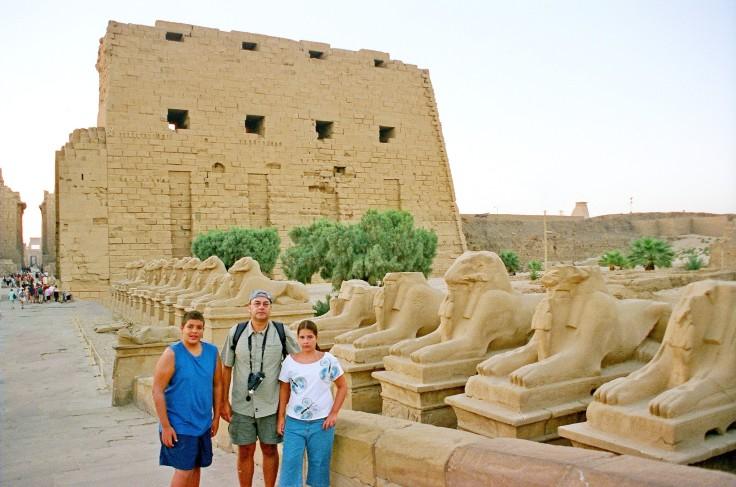 01-Egipto-Karnak-01-Avda-Esfinges-1ºPilon