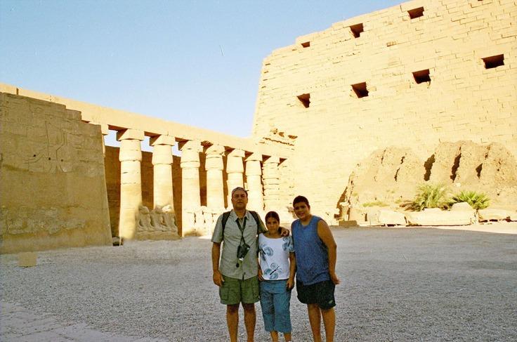 01-Egipto-Karnak-02-El-Gran-Patio