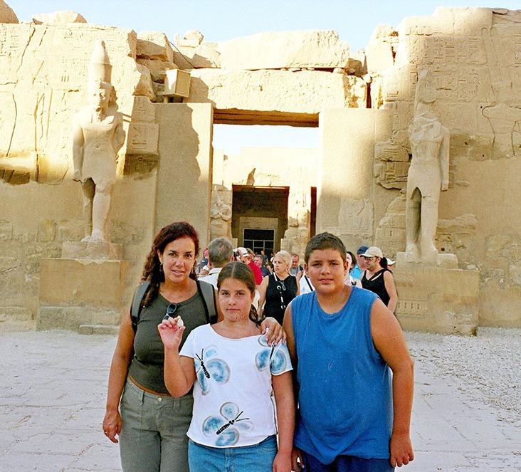 01-Egipto-Karnak-03-Templo-Ramses-III
